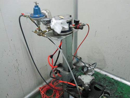 固瑞克(308)气动升降供油系统